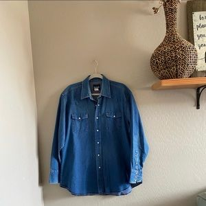 Vintage Oversized Wrangler denim shirt | x…